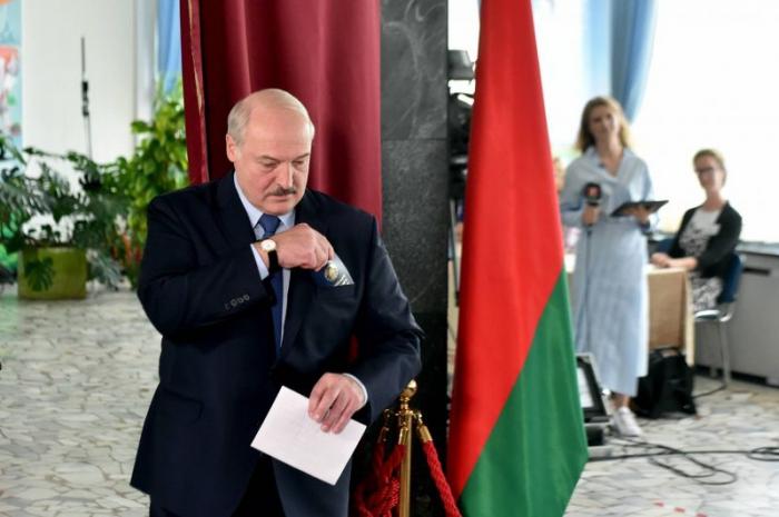 Présidentielle au Bélarus:   le président Loukachenko remporte avec 80,23% des voix