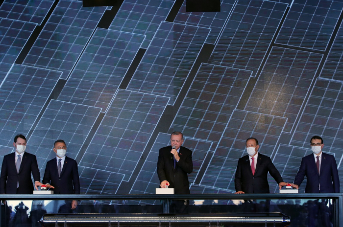 Turkey launches 1st integrated solar panel manufacturing facility