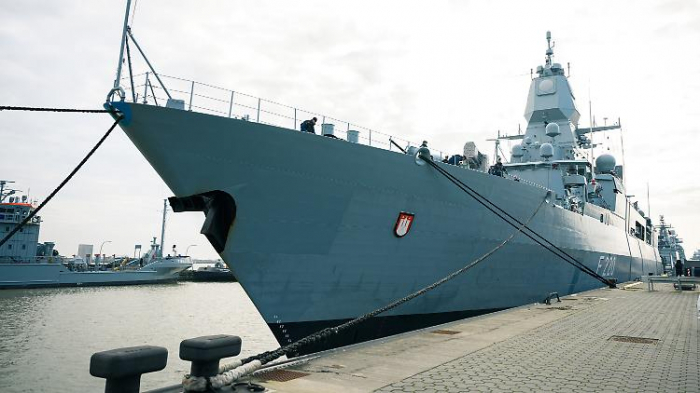 """Heikle Operation für die Fregatte """"Hamburg"""""""
