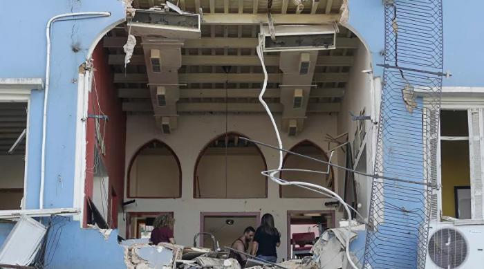 يجري إرسال المساعدات الإنسانية إلى بيروت