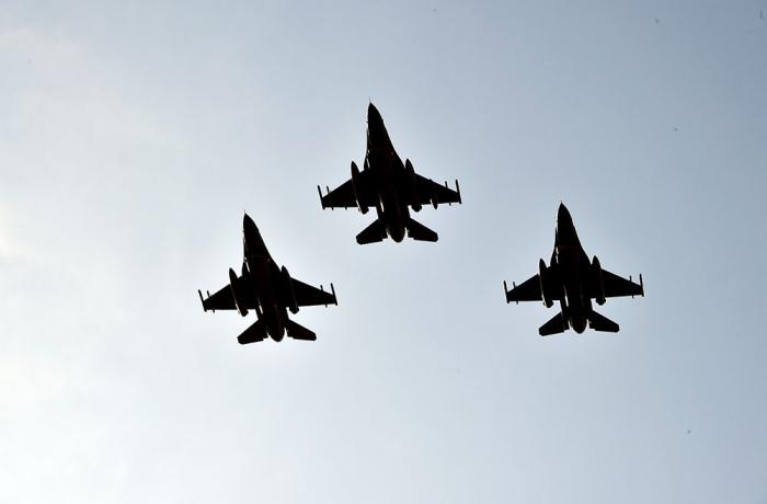 المرحلة الأولى من تدريب الطيران التكتيكي تستمر -   فيديو