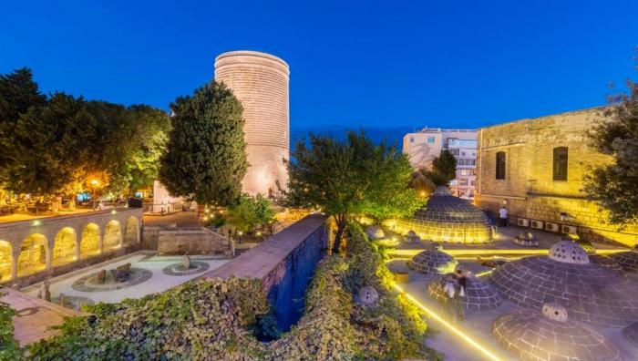 Torre de la Doncella de Bakú:  Esta es la historia de amor verdadero que pocos saben