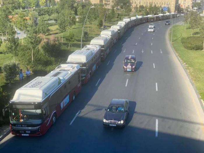 Bakıda sıxlığa görə xəttə yeni avtobuslar buraxılıb