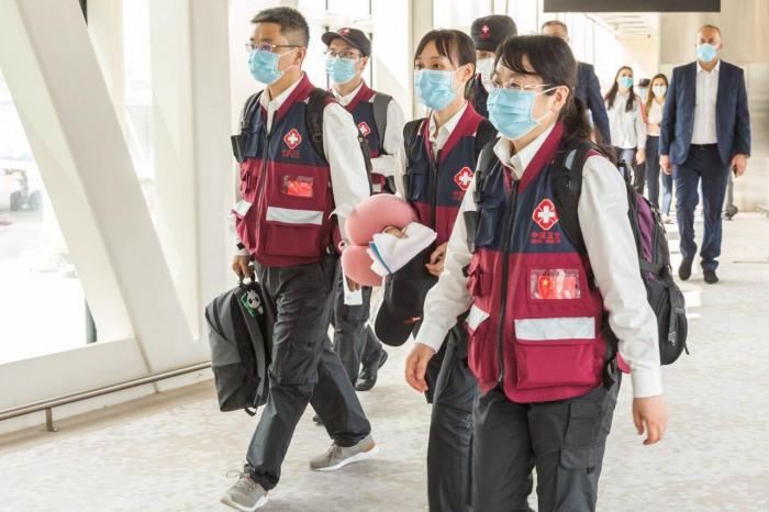 Un groupe de médecins chinois est arrivé en Azerbaïdjan -  PHOTO