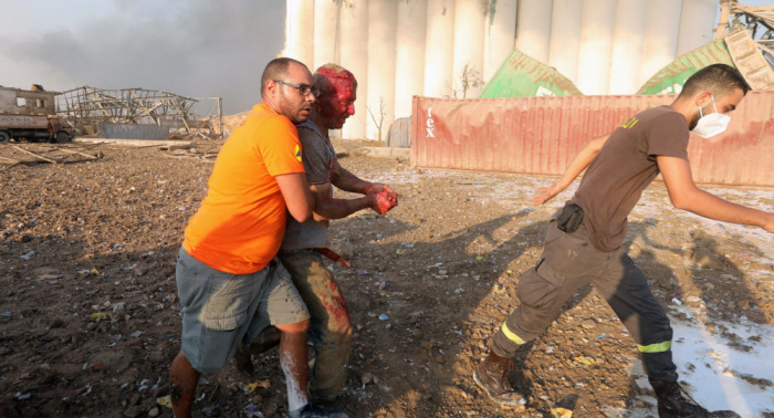 Beyrutda dağıntılar altından 2 nəfərin cəsədi çıxarıldı