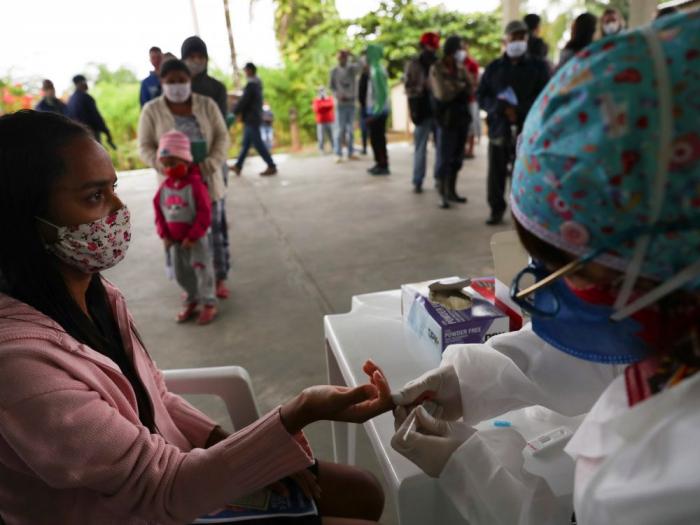 Le Brésil a enregistré plus de 52.000 nouveaux cas de contamination au coronavirus