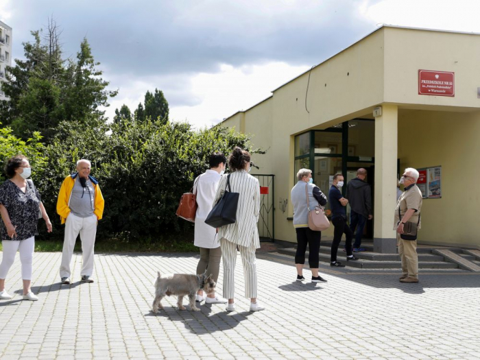 Hausse record des cas de coronavirus en Pologne
