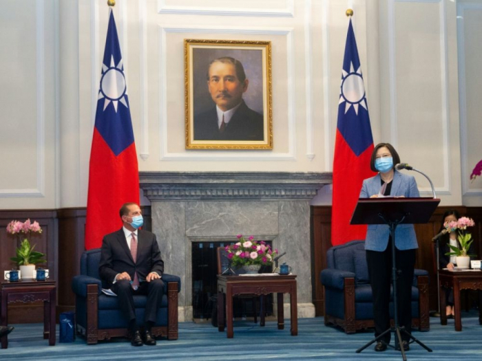 La présidente taïwanaise Tsai Ing-wen reçoit un ministre américain