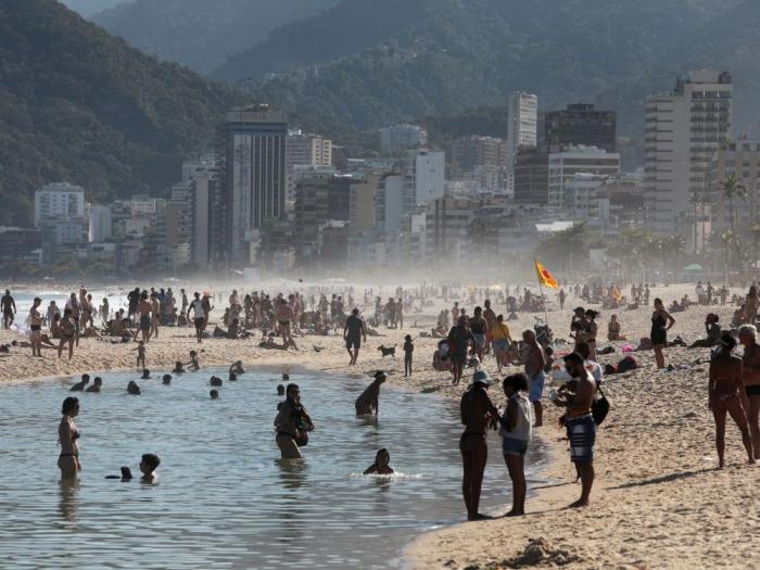 Covid-19: Plus de 23.000 nouveaux cas confirmés au Brésil