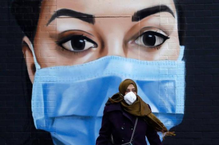 Coronavirus: les masques chirurgicaux très efficaces, les bandanas beaucoup moins, selon uneétude