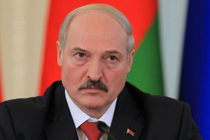 Lukaşenko etirazçılara  -