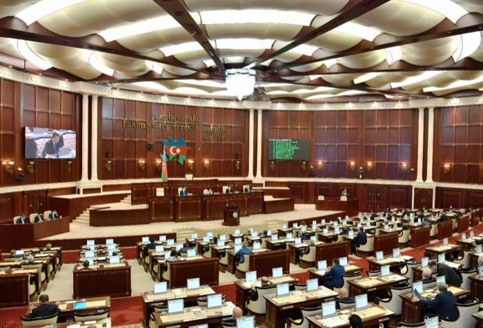 Parlamentin sabahkı iclasının gündəliyi -    SİYAHI