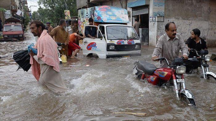 Pakistanda sel və daşqınlar nəticəsində 64 nəfər ölüb