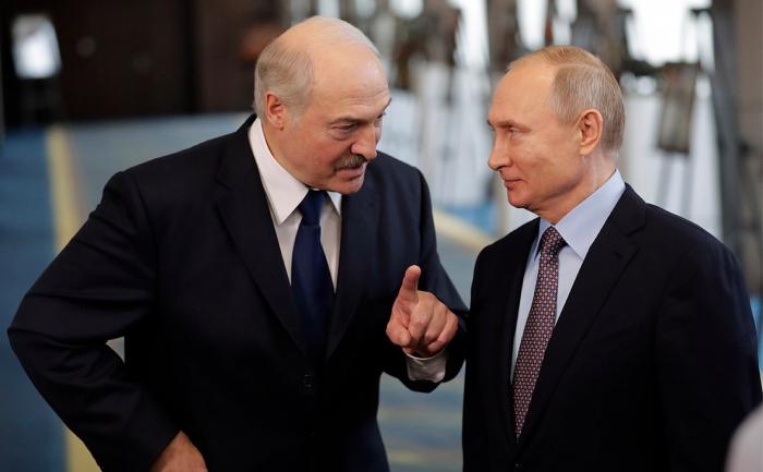 Putin Lukaşenkonu təbrik edib