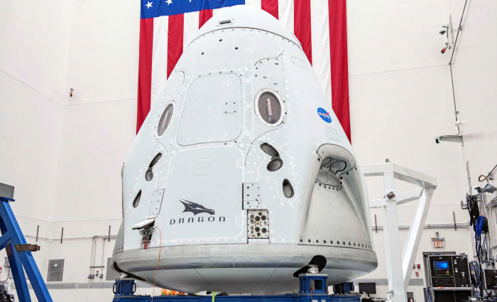 SpaceX and NASA to send next astronaut team late October