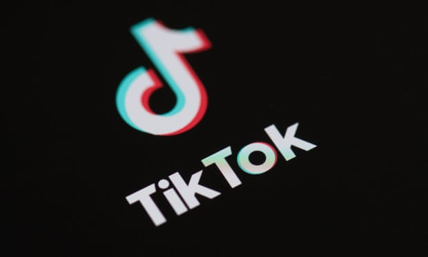 Italy blocks TikTok for certain users after death of girl