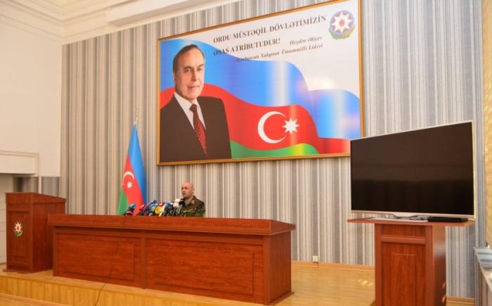 Azerbaijani citizens volunteer to goto war