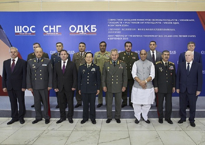 Minister Zakir Hasanov attends meeting of defense ministers from CIS, SCO member states