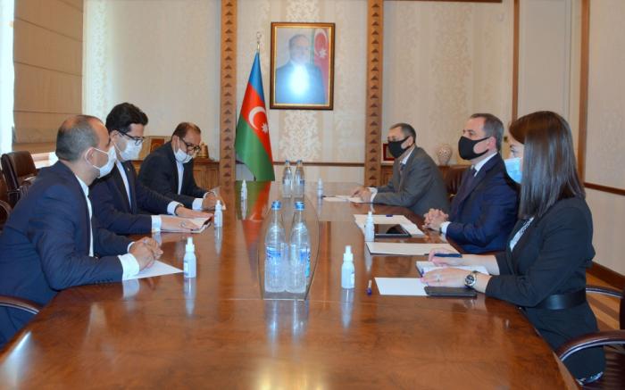 Incoming Iranian ambassador presents copy of his credentials to Azerbaijani FM