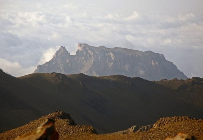 Dağda köməksiz qalan 5 nəfər xilas edildi