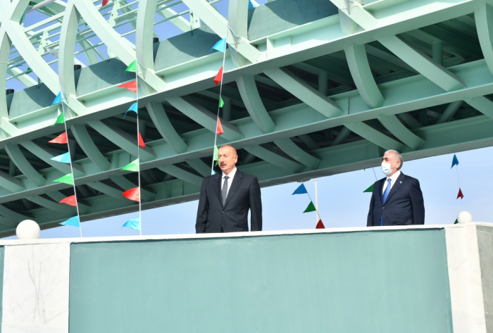 Prezident yerüstü piyada keçidinin açılışında -  FOTOLAR (YENİLƏNİB)
