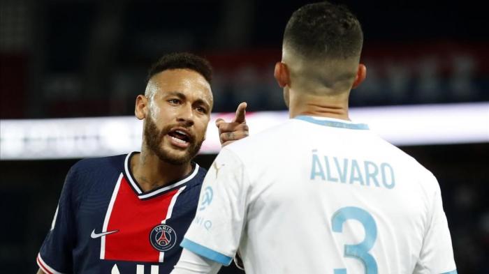 Neymar acusa sobre la causa de racismo a Álvaro González en la derrota del PSG