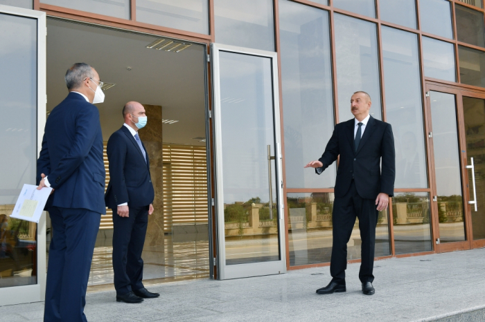 President Aliyev urges local investors to invest in Azerbaijan