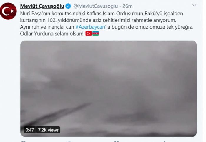 Mövlud Çavuşoğlu comparte una publicación con motivo del 102 aniversario de la liberación de Bakú