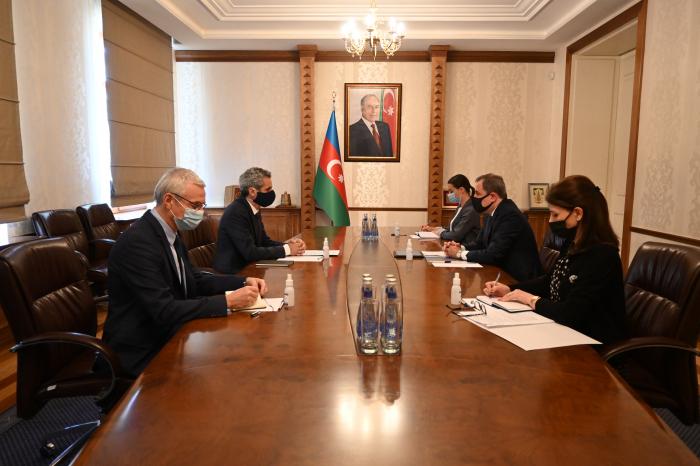 Le chef de la diplomatie azerbaïdjanaise reçoit l