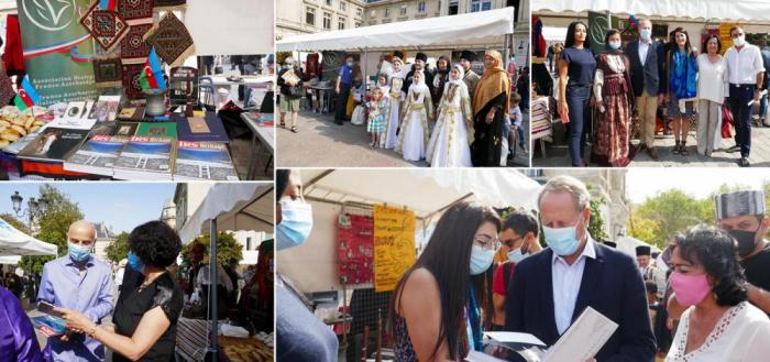 Azerbaiyán se representa en el Foro de Asociaciones de París