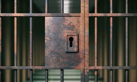 More than 200 prisoners escape from Uganda jail