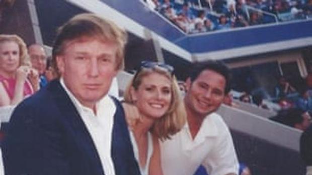 La exmodelo Amy Dorris acusa a Donald Trump de haberla agredido sexualmente