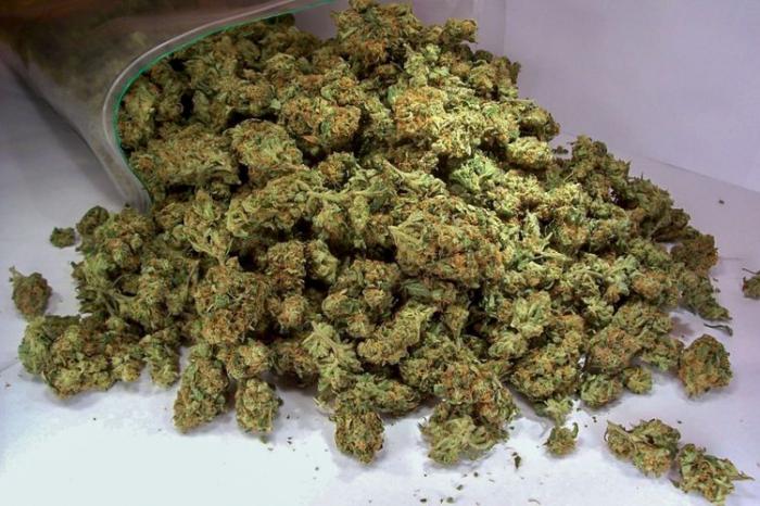 İki nəfərdən 18 kq narkotik götürüldü