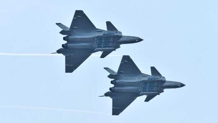 Un caza chino de quinta generación derriba 17 aviones en combate simulado