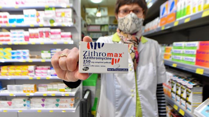 Descubren que un tratamiento contra el covid-19 puede resultar letal si se toma con otros medicamentos