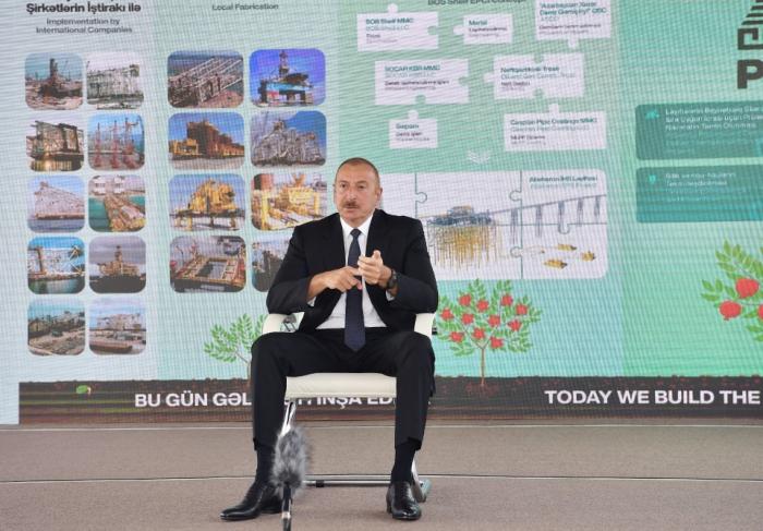 """Ilham Aliyev:   """"Si Azerbaiyán hubiera sido un estado independiente, podríamos habernos convertido en el país más rico del mundo"""""""