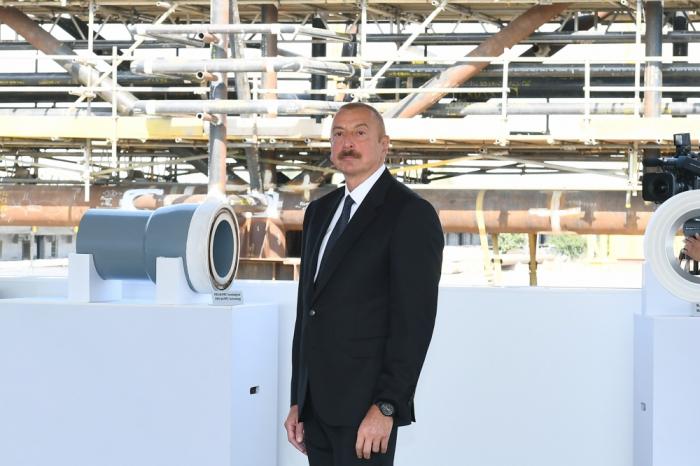 Ilham Aliyev participe à la cérémoniede lancement des opérations maritimes du champ «Abchéron» - PHOTOS