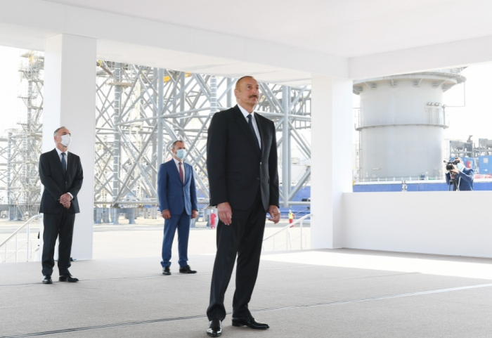 Ilham Aliyev:«Les travailleurs du pétrole ont beaucoup contribué au développement de notre pays»