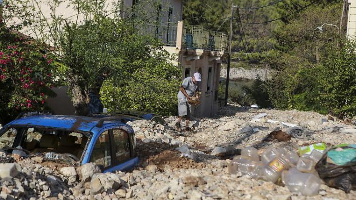 """""""Ianos"""" hinterlässt Trümmer in Griechenland"""