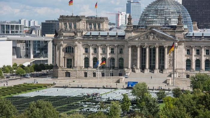 Sprengstoff-Einsatz am Bundestag