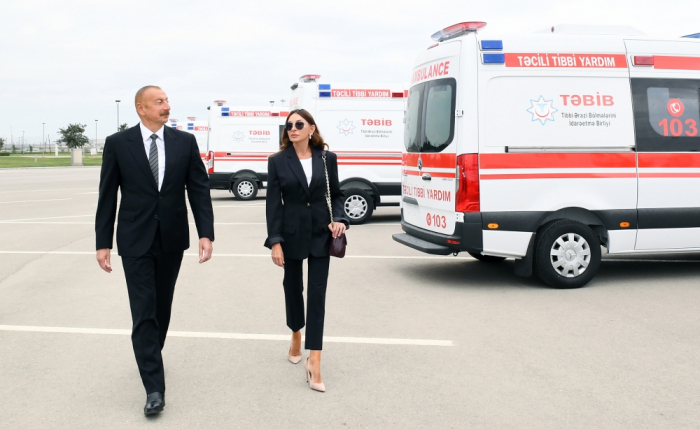 President Ilham Aliyev and first lady Mehriban Aliyeva view new ambulances delivered to Azerbaijan - UPDATED