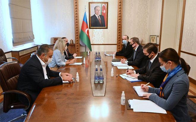 Azerbaijan FM receives outgoing Portuguese ambassador