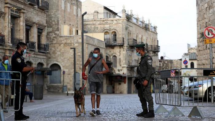 """Israel steuert auf """"kompletten Lockdown"""" zu"""