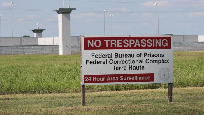 USA richten Schwarzen in Bundesgefängnis hin