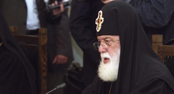 Ilia II appeals to Yerevan and Baku