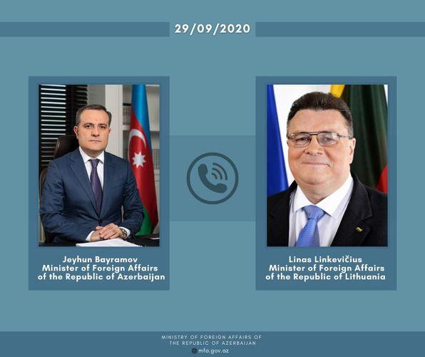 Azerbaijani, Lithuanian FMs hold phone talk