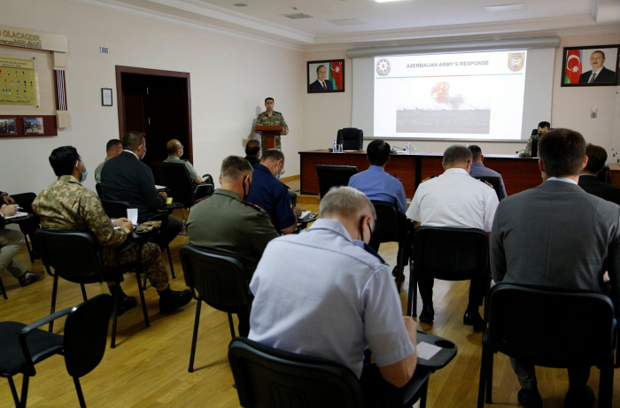 Foreign military attachés informed about the military operations  on contactline