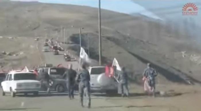 Armenians fleeing Aghdere -  VIDEO