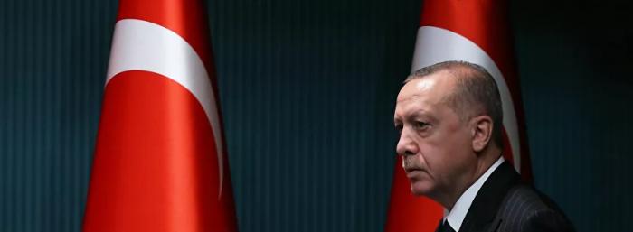 لا مانع من إجراء محادثات استخبارية مع مصر ، لكننا قلقون من الاتفاق مع اليونان