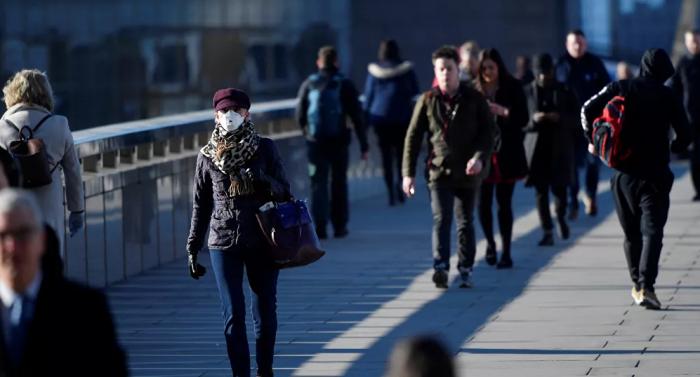وصل عدد حالات الإصابة بفيروس كورونا في بريطانيا إلى أعلى مستوى له منذ بداية الوباء
